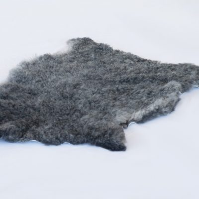 Gotland Pelssau donker grijze schapenvacht