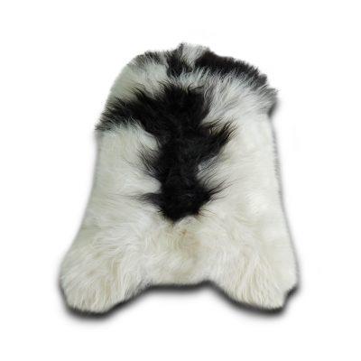 IJslandse schapenvacht wit met zwarte vlek