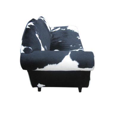 Zwart witte sofa koeienhuid