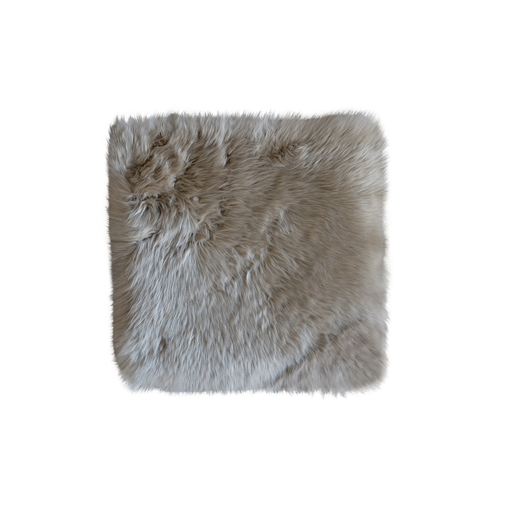 Stoelpad schapenvacht vierkant taupe